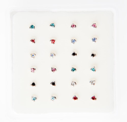 B016 - CRYSTAL NOSE STUDS - HEART COLOUR -  24 pieces in a display tray