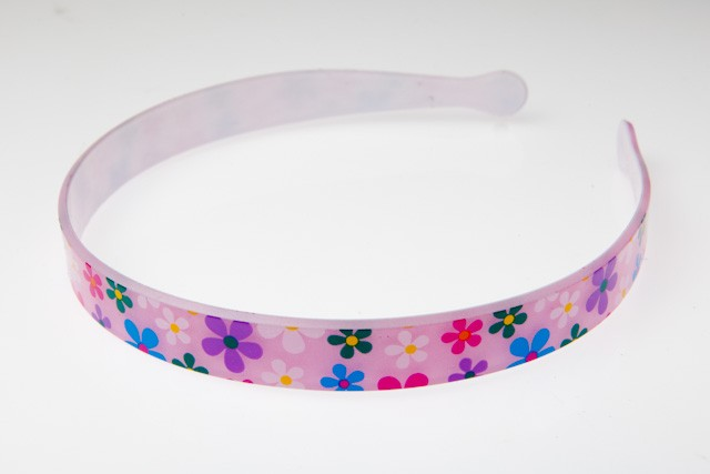 E-820 - PLASTIC H/BAND - FLOWER- 12 headbands (1 dozen) in a packet